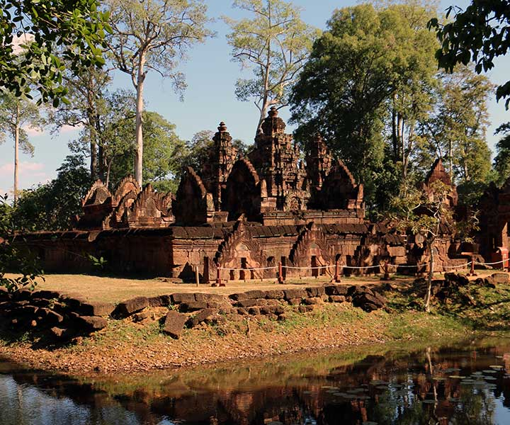 Banteay Srei and Small or Grand Circuit